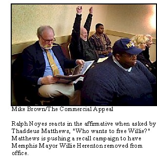 Ralph Noyes (68) indicates his approval of a proposal to recall Memphis Mayor Willie Herenton.